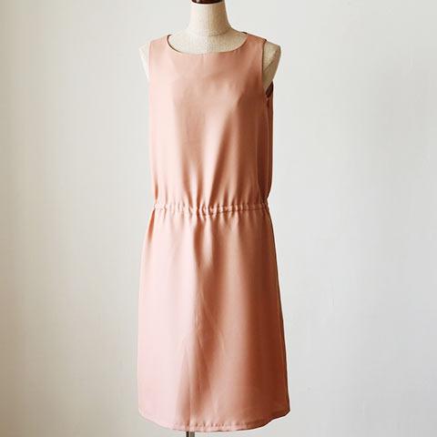 ソフィエのオリジナル授乳服 ノースリーブワンピース ベージュピンク